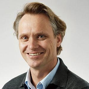 Alex Puregger - CEO, Executive Director of Board | Fon