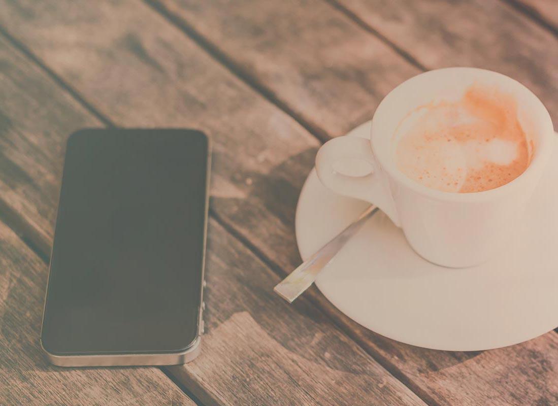 Newsroom: mobile and coffee | Fon