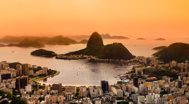 Stay connected in Rio with Oi & Fon's 2.3 million hotspots