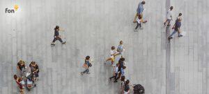 People walking connected to Fon WiFi | Fon